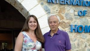 Мой учитель профессор гомеопатической медицины Джорж Витулкас (живёт и работает в Греции на о. Алонисос)